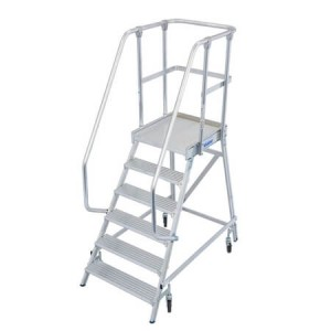 Platform ladders - for more security in the warehouse or on the construction site